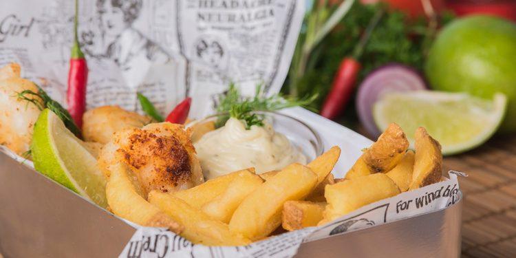 fish & chips met tartaar van Pauwels Sauzen